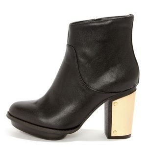 Steve Madden Black / Gold-Plated Ankle Booties